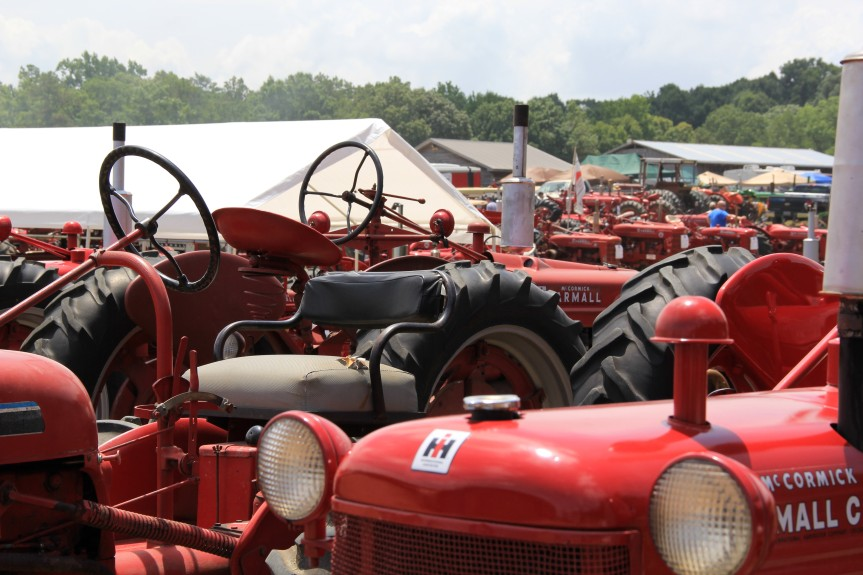 A sea of red International Harvesters and Farmalls.